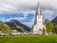 hvid-kirke-amfoto_2014_5d-5865-edit