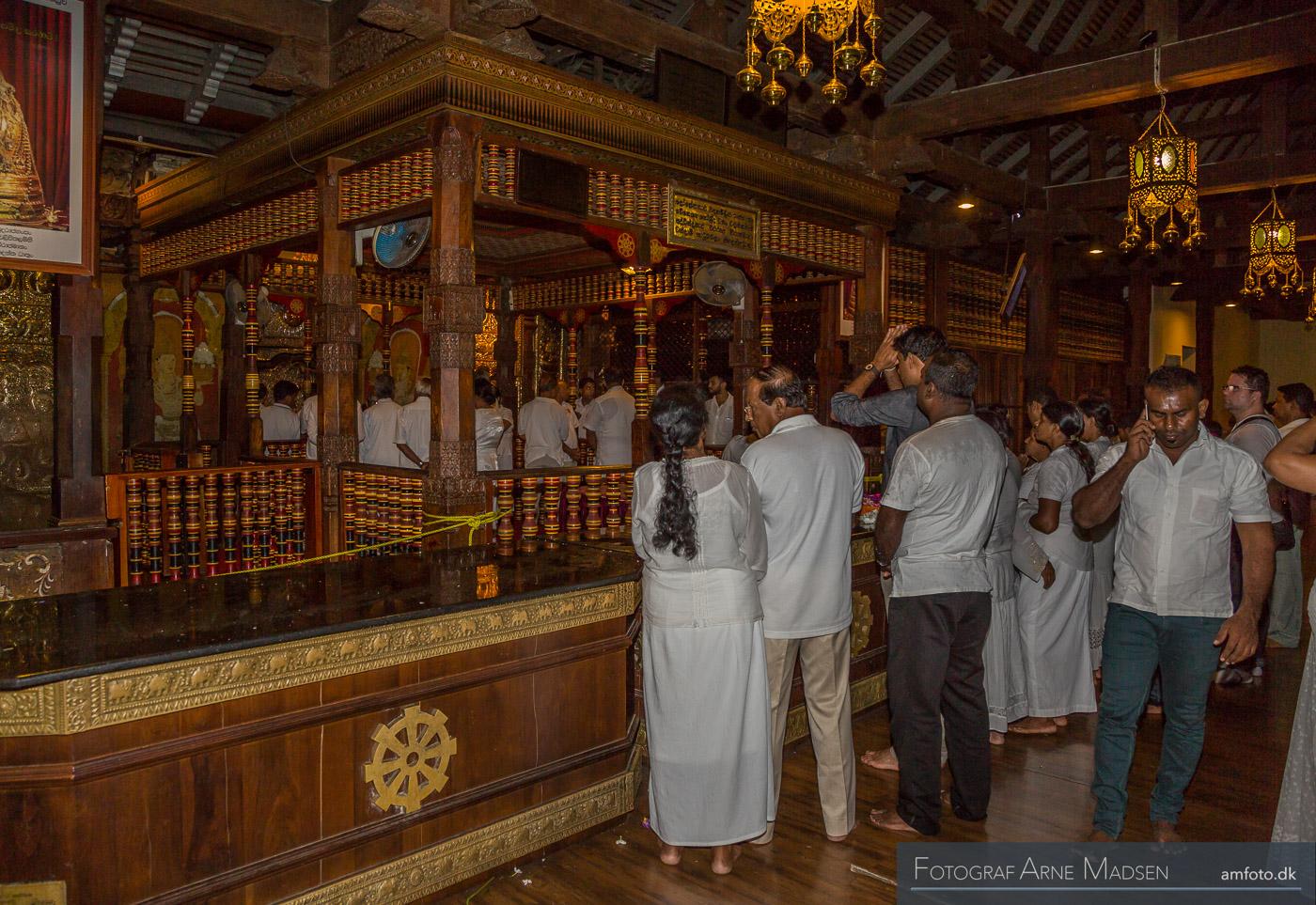 2016 Sri Lanka_Dag 2 Kandy Tandens Tempel_137