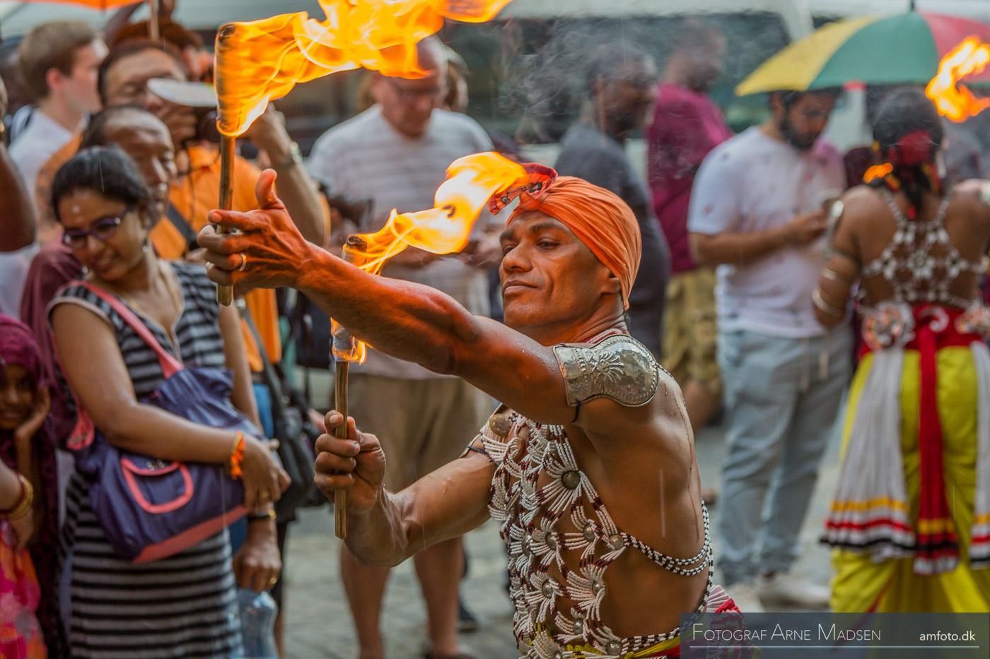 2016 Sri Lanka_Dag 3 Kandy dans_299